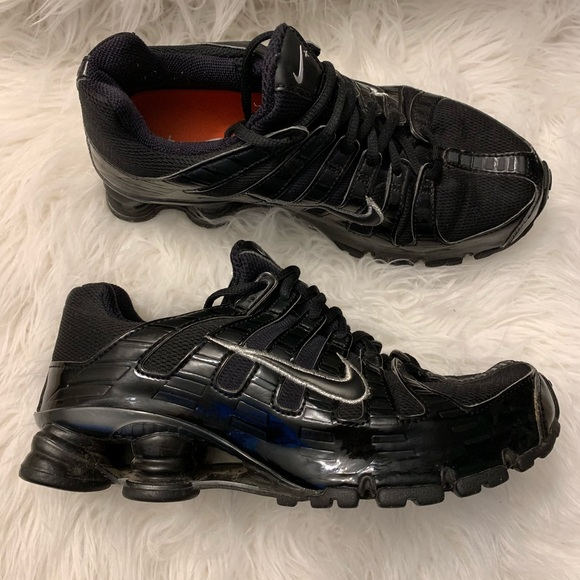 Nike Shox Turbo OH+ Black Silver Running Shoe 8.5.  M 5c6787f2c89e1dec03d56311 71deccf31